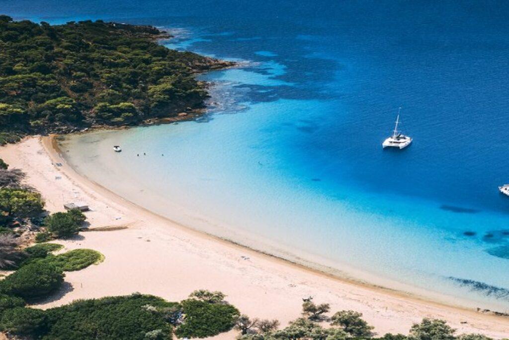 Tsougrias Island