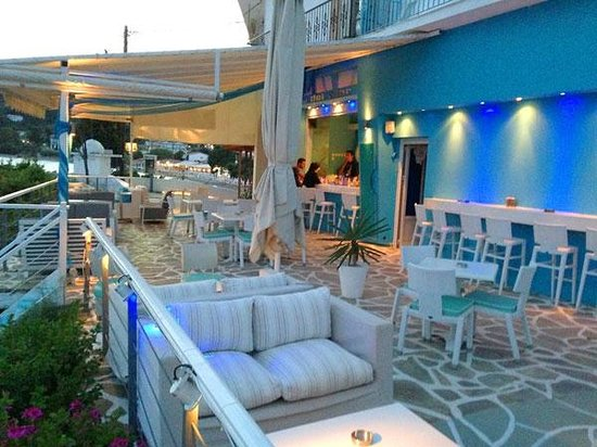Café Del Mar beach bar