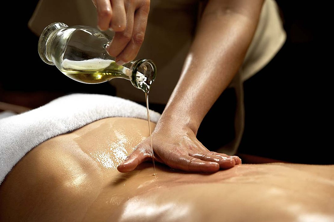 Ef Zin Therapies TCM – Massage Skiathos