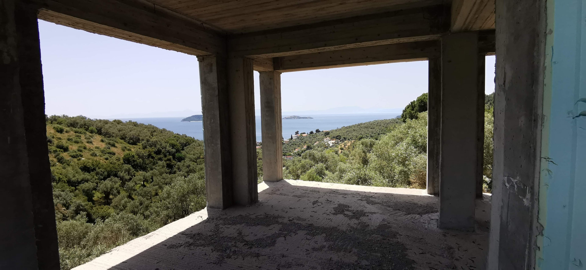 Land 5.108 m² with building for sale