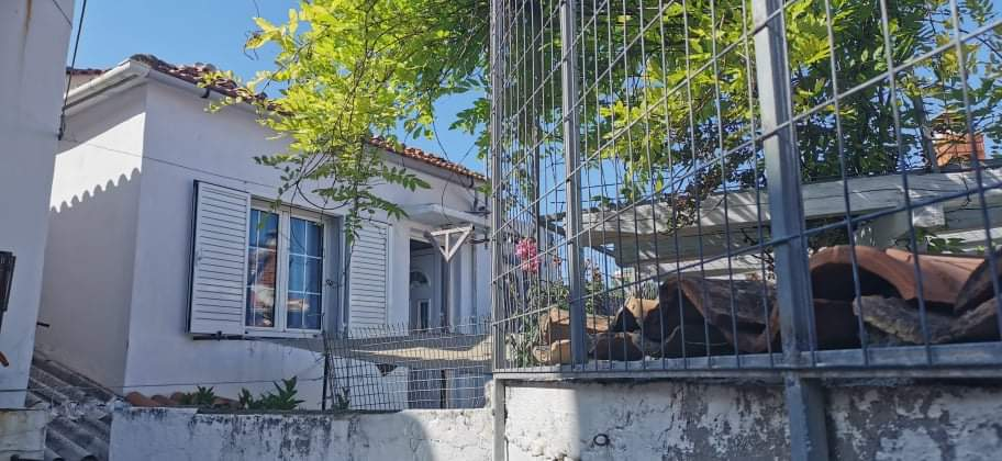 Traditional house In Skiathos town for sale